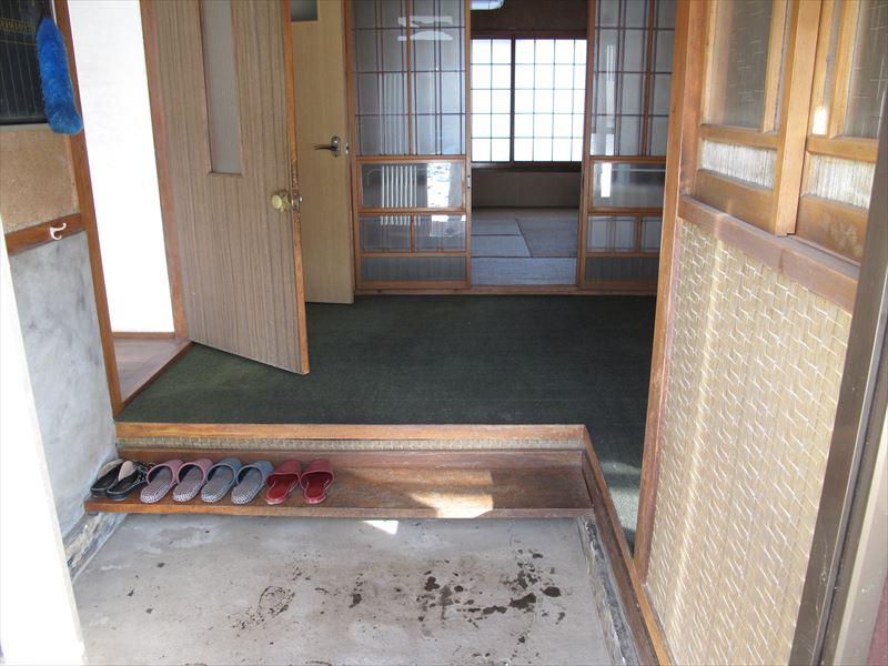 Entrance _R