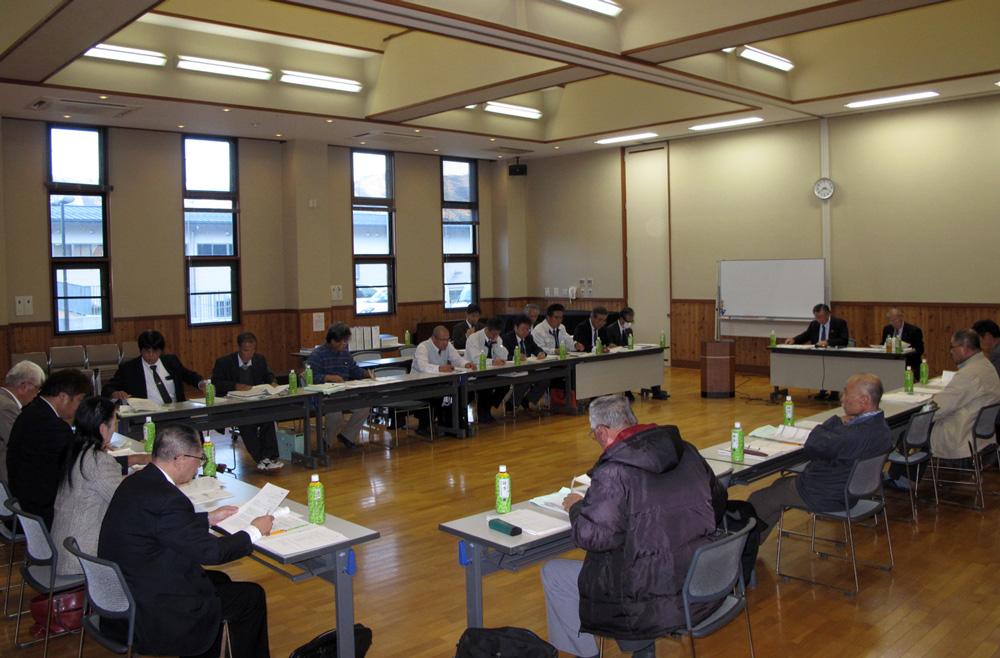 12區域振興促進理事會和8評估委員會