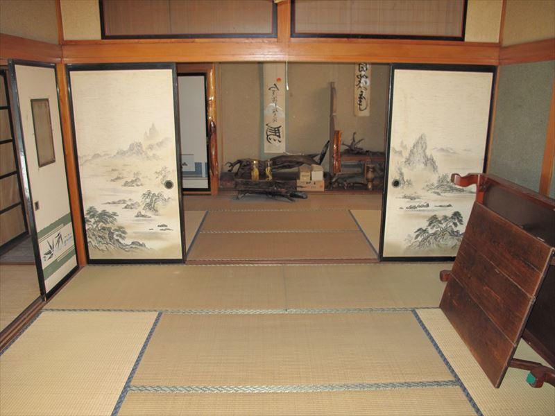 【1F】正面:日式房間8奧奧:日式6冊_R